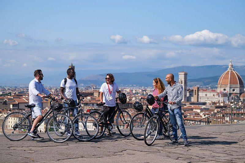 Bike Tour with Aperitivo at Michelangelo's Squaret